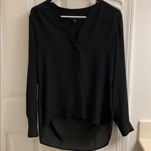 Banana Republic Black v neck blouse. Size XS